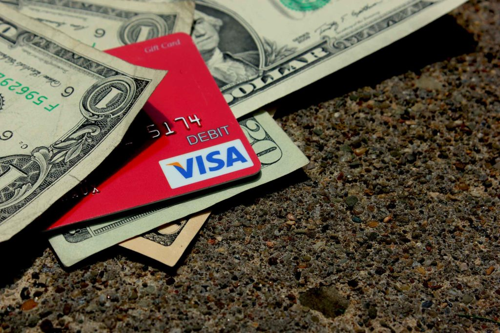 can i withdraw cash from a visa gift card